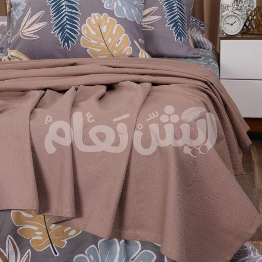 كوفرتة بألوان الربيع مع طقم سرير