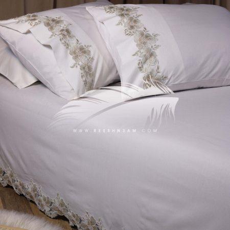 طقم سرير كبير مع الجبير من الكنار